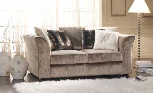 011-es kanapé