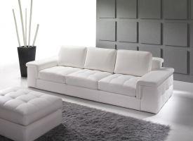 012-es kanapé