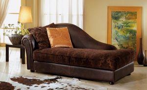 016-os kanapé